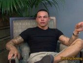 Today the casting couch is hot with the presence of sexy tattoo covered hunk Eduardo Rodriguez, and boy am I glad he made the appointment. Eduardo...