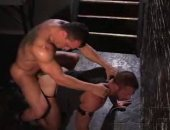 A leather man becomes the sexual slave of a police officer !