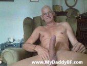 Amateur Guys Jeking big dicked daddies.