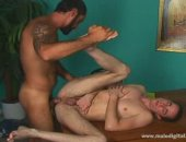 First time that twink get fuck on video by that tatooed Dilf