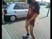 Horny random guy pissing on the street