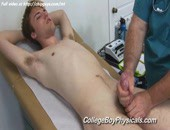 Juicy sexy guy Laies giving a helping hand in the medical office