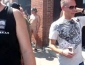 naked men in public