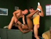 Black Guy Double Fucked By White Guys - Twinks For Cash