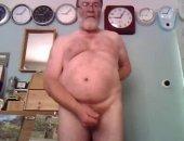 Performing on webcam in room full of clocks, masturbate to double cumshot