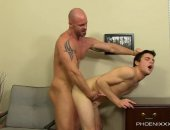 Mitch Vaughn is sick and tired of crappy customer service, so when Dustin Fitch shows up with another mis-  order, Mitch decides hes going to get serviced properly one way or another! First he gets the messenger to   suck his dick before he gets Dustin bent over the desk. When Mitch fucks him missionary, Dustin ends up   blowing his load before getting covered in Mitchs cum.