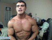 muscle jock wanks till he cums