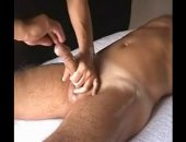 The aim of this intimate massage is to keep the sexual tension upright as long as possible to relax before releasing a huge orgasm!