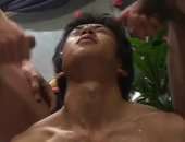 This asian queer gets two nice cocks in his mouth