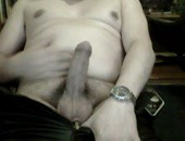 Older amateur chubby dude wanking his meat at home on his webcam