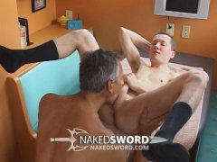 mature guy nails a younger dude