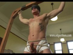 hunky babe in ropes
