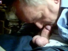 Mature Old Guy Loves To Suck COck.