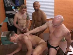 They Are Having a nice Groupsex Action and Interracial.