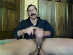 AMateur Guy Stroking Off His COck.