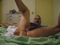 Hot Mature Guy Loves To Jerked Off His COck.