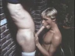 Vintage Guy Loves To Suck Cock.