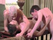 Six guys on a snowy vacation move their outdoor foreplay inside in four scenes. Theyre frozen stiff and need to be plowed!