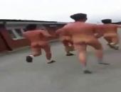 nude guys run