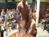 beefy stripper serves up his cock to a waiting audience
